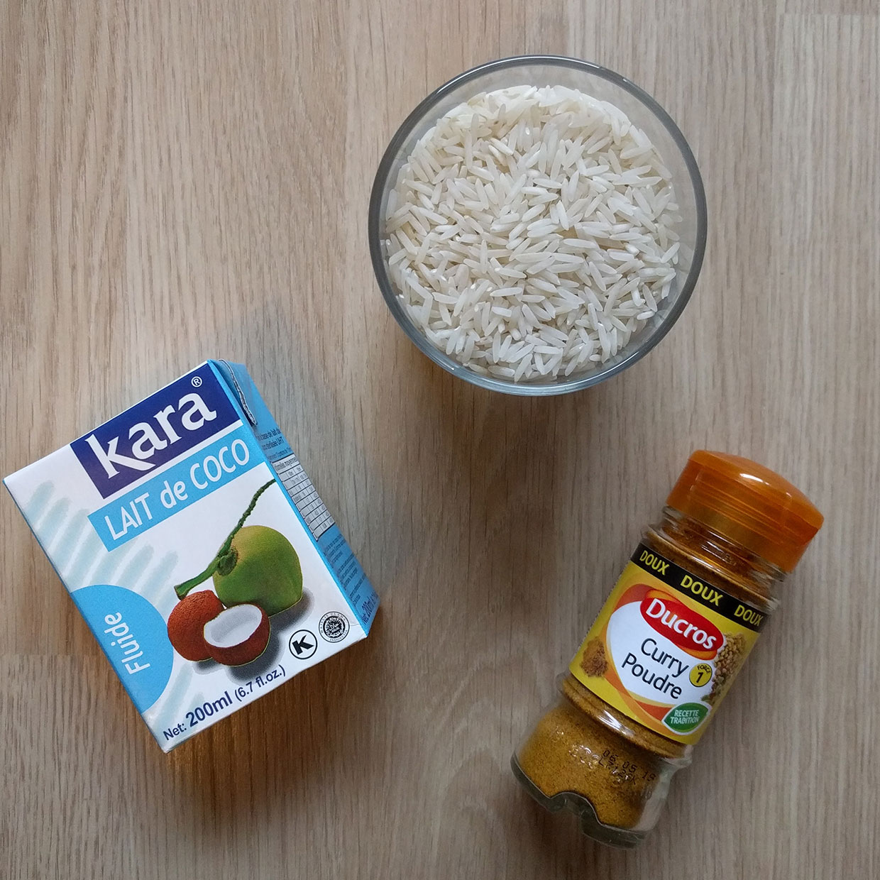 ingredients-riz-basmati-lait-coco-curry