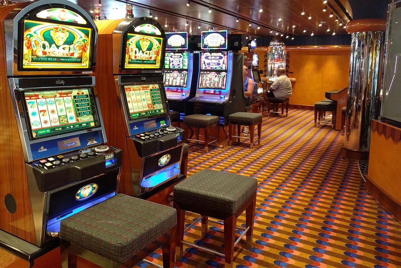 casino-machines-sous-bateau-croisiere
