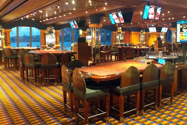casino-tables-jeux-bateau-croisiere